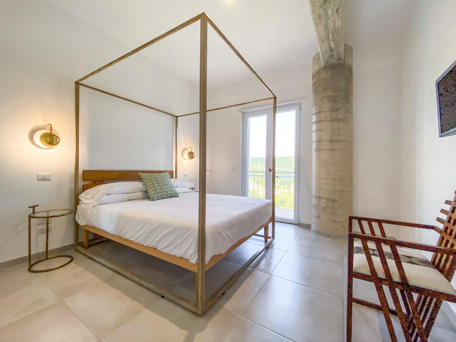 tenuta-normanni-foresteria-suites-small1